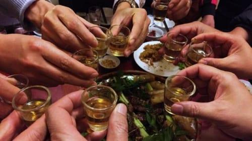 Rượu làm tình trạng dị ứng trầm trọng hơn
