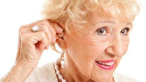 Bệnh lãng tai ở người già nhận biết và điều trị như thế nào?